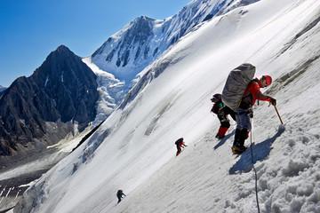 Foto auf Acrylglas Bergsteigen Mountain climbers
