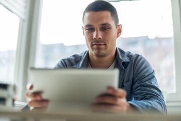 Reading on digital tablet