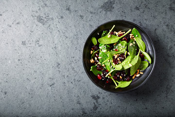 Spinach salad with dried cranberries and lemon-honey dressing