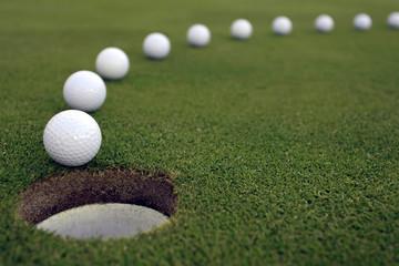Rolling Golf Putt