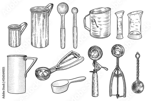Kitchen utensil set illsutration drawing engraving for Kitchen set drawing