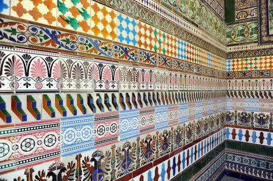 Azulejos en la Cartuja de Sevilla, España