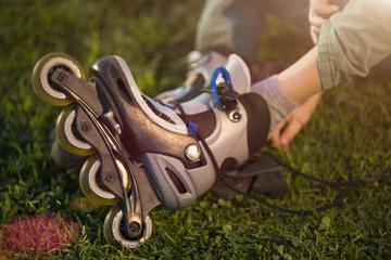 To put on roller skates