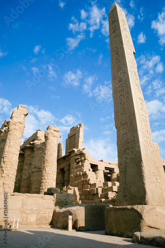 Quot big obelisk of queen hatshetsut with carving figures and