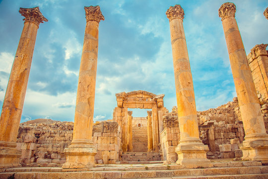 Roman ancient ruins, city of Jerash, Jordan