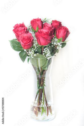 rote rosen stockfotos und lizenzfreie bilder auf bild 137088804. Black Bedroom Furniture Sets. Home Design Ideas