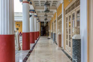 Achillion Säulengang