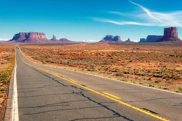 Highway to Monument Valley, Arizona.