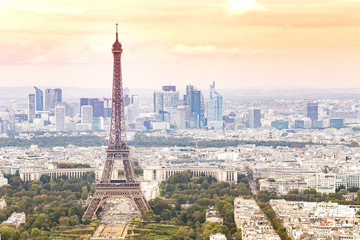 Foto op Plexiglas Panoramafoto s Sunset Eiffel tower and Paris city view form Montparnasse. Sunset romantic background. Eiffel Tower from Champ de Mars, Paris, France.