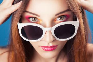 Beautiful young girl wear sunglasses
