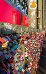 Liebesschlösser auf der Hohenzollernbrücke, Köln