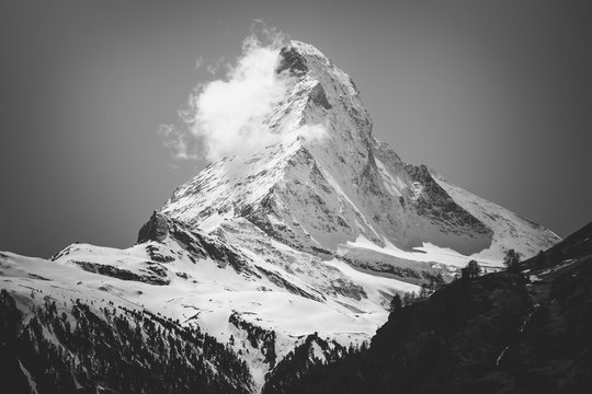 Art photo Scenic view on snowy Matterhorn peak in black and white