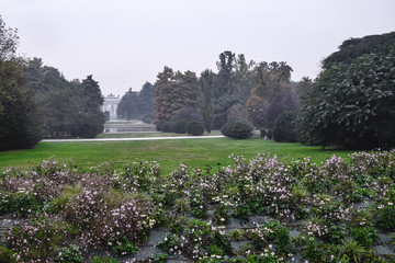 Milan (Italy): Sempione park at fall
