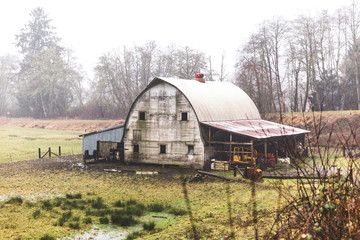 Rustic Old Barn in the Oregon Countryside