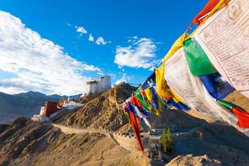 Keuken foto achterwand India Leh Tsemo Fort Gompa Prayer Flags View Ladakh
