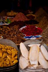 Gewürze auf dem Amrkt in Marrakesh