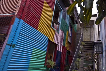 Bunte Hauswand in Argentinien / Buenos Aires