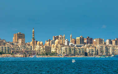 In de dag Egypte View of Alexandria harbor, Egypt