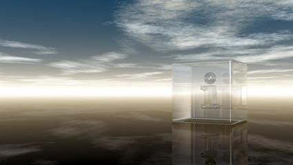 glaswürfel mit dem buchstabe i vor wolkenhimmel