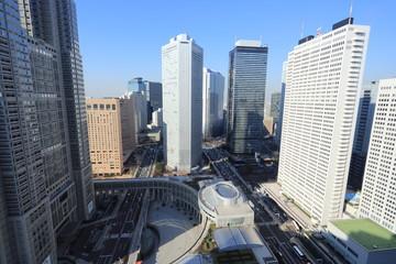西新宿のオフィスビル街