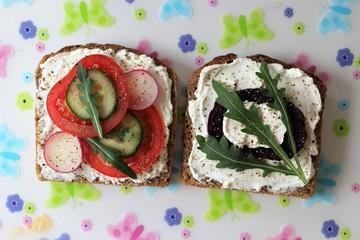 sandwich, sandwiches, sandwich with cheese, tomato, bread, egurola, pepper