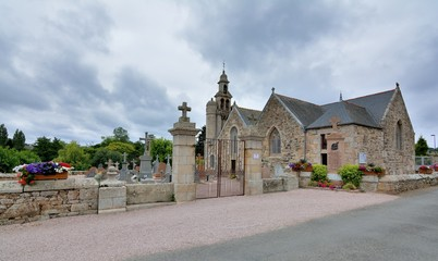 La très belle église Saint-Quay de Saint-Quay-Perros en Bretagne