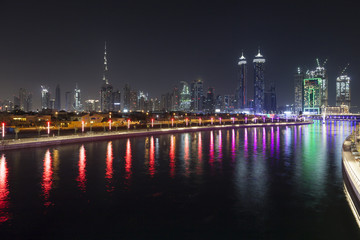 Fototapete - Dubai Water Canal at night
