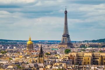 Skyline w Paryżu z wieży Eiffla