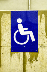 symbol for parking lot for handicapped