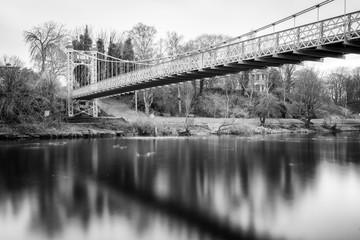 Queens Park Bridge, Chester, Black & White Long Exposure Fotomurales