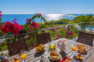breakfast at sea side