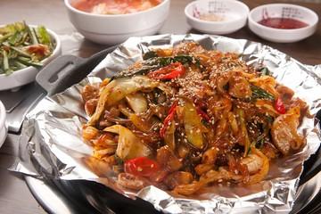 yache gopchang bokkeum. Stir-fried Beef Tripe with Vegetables.