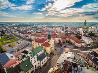 Lublin z lotu ptaka. Stare miasto o poranku.