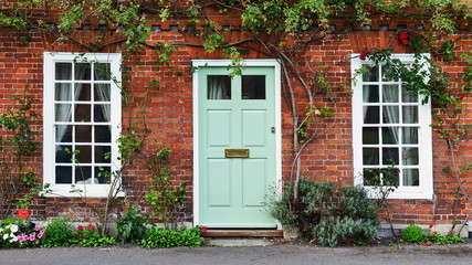 View of a Beautiful House and Front Door on a London Street Fototapete