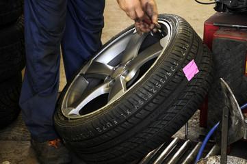 Nyumatiko nga kaliding வட்டகை Tire ടയർ ටයර් Anvelopă Pneumatico Opona צמיג pneumatyczna 타이어 Autoreifen Pneumatique véhicule Pneumatika