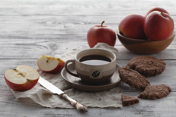Apples and oat cookies with coffee