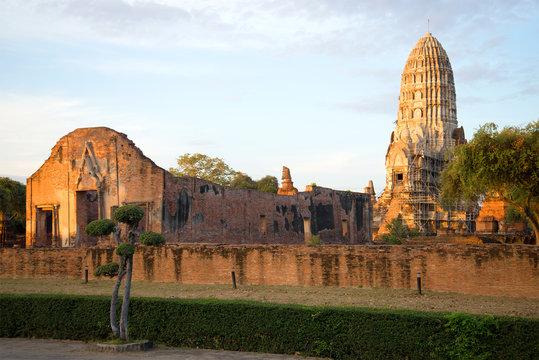 Ruins of the ancient Buddhist temple of Wat Ratchaburana (Wat Rat Burana) on the sunrise. Ayutthaya, Thailand