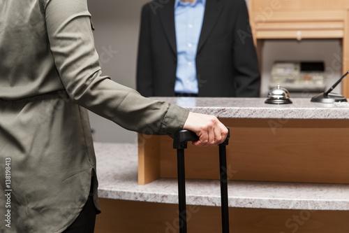 Schlampe von Rezeptionist im Hotel gefickt Hornywriter