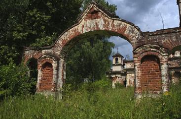 Сельская церковь. Переслегино, тверская область.