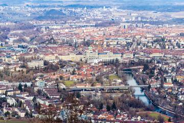 Aussicht vom Hausberg -Gurten Kulm- auf die Stadt Bern, Schweiz