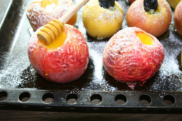 фрукты, яблоки, чернослив