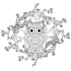 Black white tracery doodle of the owl.