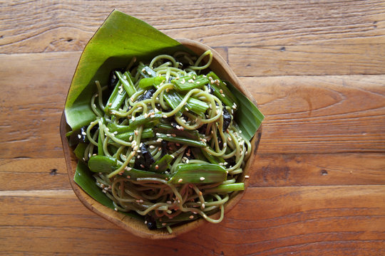 Green Soba Noodle Salad