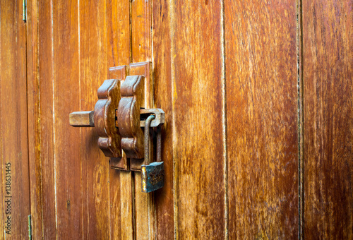 kitchen cabinets locks quot wooden cabinet and lock at the door handle quot imagens e 3072