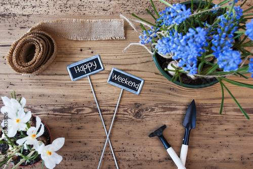 flowers signs text happy weekend stockfotos und lizenzfreie bilder auf bild. Black Bedroom Furniture Sets. Home Design Ideas