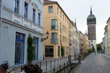 Straße zur Schlosskirche