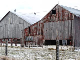 Crumbling old barn II