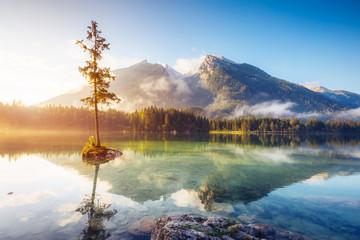Printed kitchen splashbacks Lake beautiful alpine lake