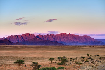 Fototapete - Sossusvlei, Namib Naukluft National Park at sunset, Namibia