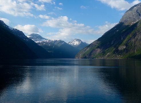 Picturesque river winding between mountain range